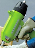 Adhesive Applicator minimizes maintenance and downtime.