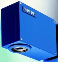 Distance Measurement Sensor has 6 or 12 mm working distance.