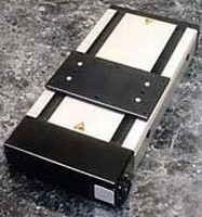 Motorized Positioning Stages have enclosed motor assembly.