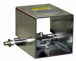 Water Jet Lance and Foot Control operate up to 1,500 psi.