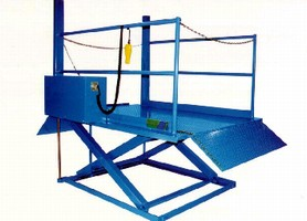 Portable Dock offers lifting capacity of 5,500 lb.