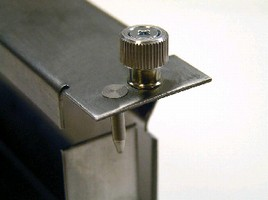 Alignment Pins suit ATCA-style faceplate mounting.
