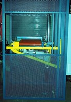 Package Handling Lift features high-speed positioning.