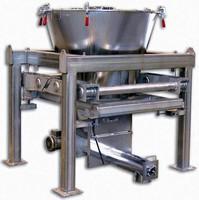 Loss-In-Weight Screw Feeder handles range of materials.
