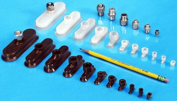 Oval Suction Cups provide maximum pick-up surface.