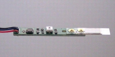 Solid State Vibration Sensor features digital CMOS output.