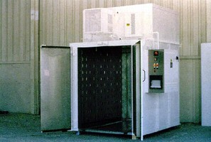 Electric Walk-In Oven is rated to 500° F.