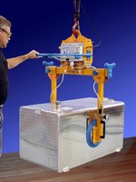 Vacuum Lifter allows side lifting of products.