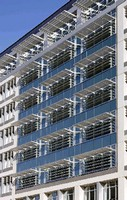 Unitized Curtainwall System features thermal barrier.