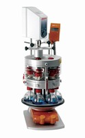 Overhead Stirring System stirs 6 flasks simultaneously.
