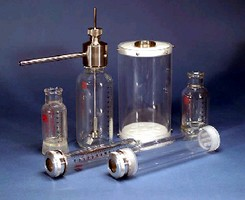 Pressure Reaction Vessel Kits handle high temperatures.