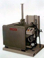 Ultrasonic Cleaning Machines offer agitated immersion.