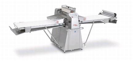 Dough Sheeter offers belt speed of 85 cm/sec.