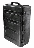 Shipping Case offers 10,000 cu-in. of usable storage space.