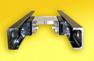 Linear Bearing System minimizes mounting time.