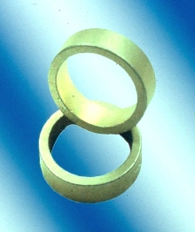 Boron Rings are oriented radially.