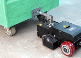 Compact Cart Mover Pushes/Pulls Heavy Loads