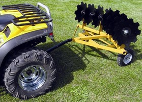 Cultivator uses disc gangs mounted at 20° angle.