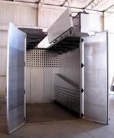 Walk-In Oven accommodates overhead crane loading.