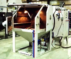 Blast Cabinet features direct pressure media delivery module.
