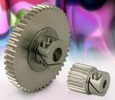 Stainless Steel Gears have integral fastening system.