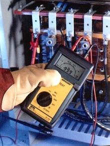 Resistance Tester complies with CAT III 300V.