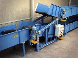 Vertical Sortation Unit suits baggage handling operations.