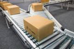 Motorized Case Conveyor offers plug-and-play functionality.