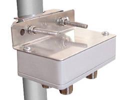 L-com Develops NEMA Enclosure Universal Pole Mounting Kit for Smaller Diameter Poles