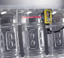 Photoelectric Sensor provides clear object detection.