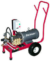 Cold-Water Pressure Washers offer wet-sandblasting systems.