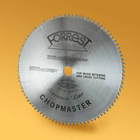 Saw Blade features 90 teeth and optimized angles.