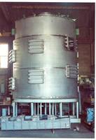 Dryer handles solvent wet or oxygen-sensitive materials.