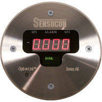 Digital Differential Pressure Controller features 316L stainless steel face.