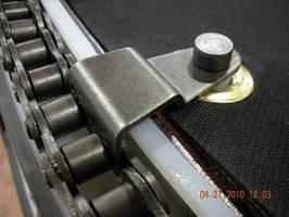 Heavy-Duty Conveyor meets parcel, airport baggage specifications.