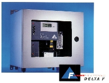 Oxygen Analyzer incorporates non-depleting sensor.