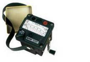 Hand-Cranked Megohmmeters integrate DC voltage circuit.