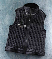 Warming Vest uses argon gas insulation.