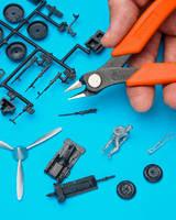 Plastic Sprue Cutter aids scale modelers.