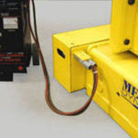 Transfer Carts Use Longer Life Span Dry Cell Batteries
