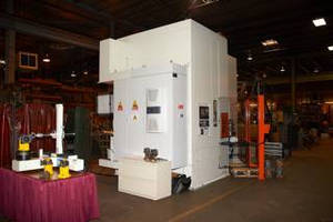 Hunter Open House Featured New Maus Grinding Center and Programming Station for Metal Casters