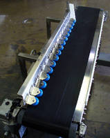 Adjustable Conveyor handles lightweight boxes.