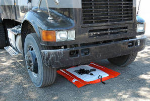 Leak Containment Tray features portable design.