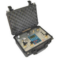 Dual Portable Pressure Calibrator features built-in hand pumps.