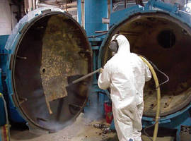 Dry Ice Blasting Services minimize production downtime.