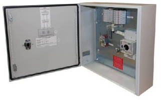 Configurable Combiner Box features 1,000 Vdc rating.