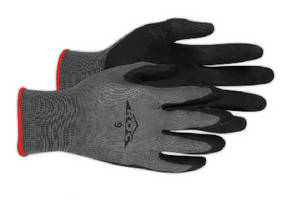 Nitrile Work Gloves provide grip in oily conditions.