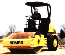 Mid-size Roller delivers 22,500 lb of centrifugal force.