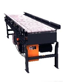 Lineshaft Conveyor transports or accumulates.