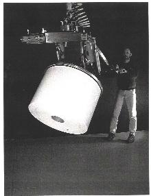 Roll Handler handles telescoping rolls.